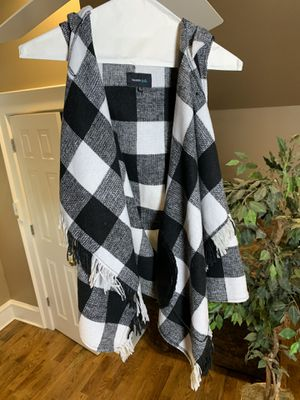 Black and White Checkered Vest for Sale in Arlington, TX