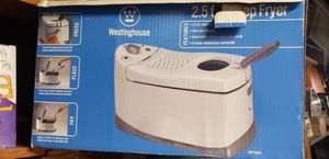 Brand new Westinghouse 2.5 quart Deep Fryer for Sale in Huntington Beach, CA