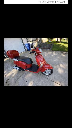 Cross posted!!! 2017 kymco, Automatic transmission, 200cc, asking $1800 OBO 1,325 miles... perfect condition!!! Works perfect just don't use anymore for Sale in Hutchinson, KS