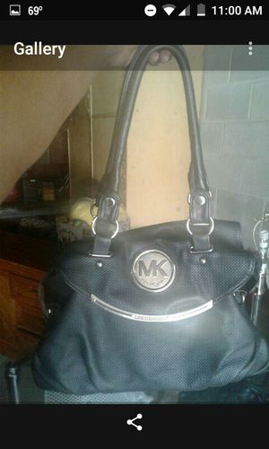 Michael kors purse for Sale in Lincoln Park, MI