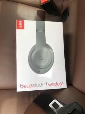 Beats studio 3 wireless for Sale in Denver, CO