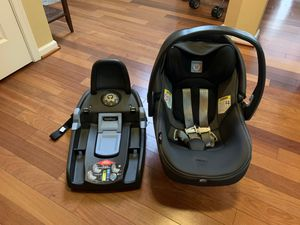 Peg Perego Primo Viaggio 4/35 Infant Car Seat with base, Atmosphere for Sale in New Bern, NC