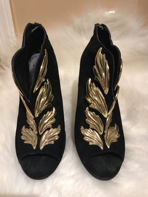 Black velvet booties with gold accent embellishment for Sale in The Bronx, NY