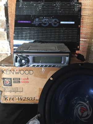 Radio MP3, subwoofer , amplifier for Sale in Chicago, IL