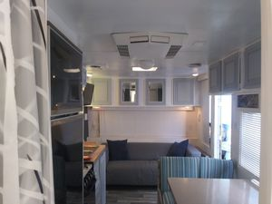 Renovated 24' 89 Terry travel trailer for Sale in Rowland Heights, CA