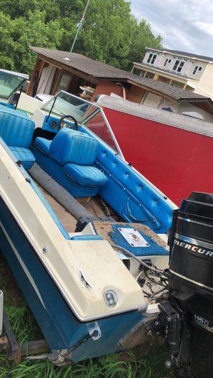 Boat VIP 1990 Mercury 1150 motor for Sale in Nashville, TN
