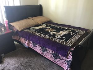 Bed set and sofas for Sale in Santa Ana, CA