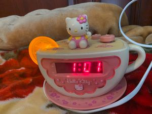 hello kitty alarm clock for girls or boys :) for Sale in Fresno, CA