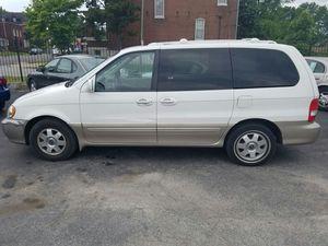 03 kia sedona. 112xxx miles for Sale in St. Louis, MO