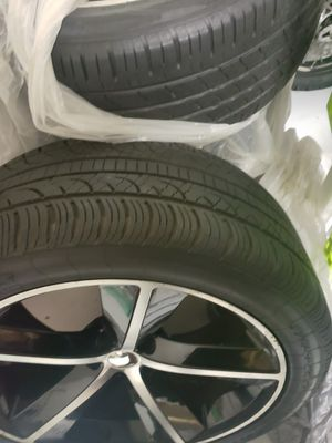 Black and machine oe aluminum 20inch srt rims for Sale in Tampa, FL
