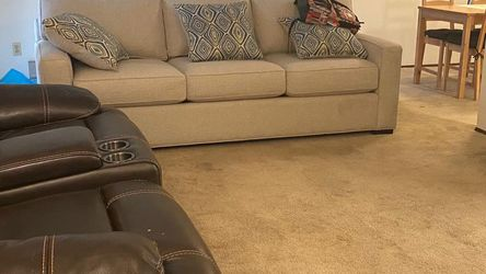 Sofas for Sale in Tualatin,  OR