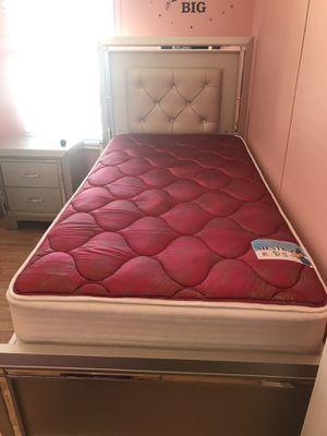 Light up bed set for Sale in La Vergne, TN