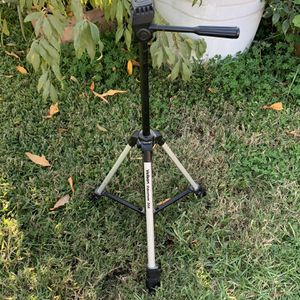Free Camera Tri Pod! Works Great for Sale in Upland, CA