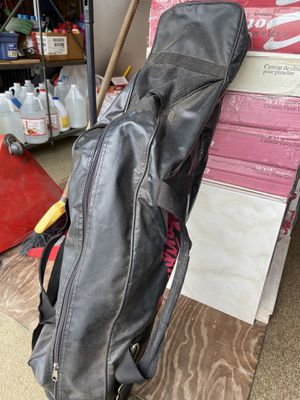 Softball/Baseball bag with glove and bat for Sale in Pembroke Pines, FL
