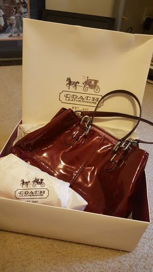 Vintage Coach Purse for Sale in Brownstown Charter Township, MI