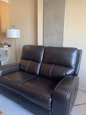 The perfect recliner for social distancing for Sale in Seattle, WA