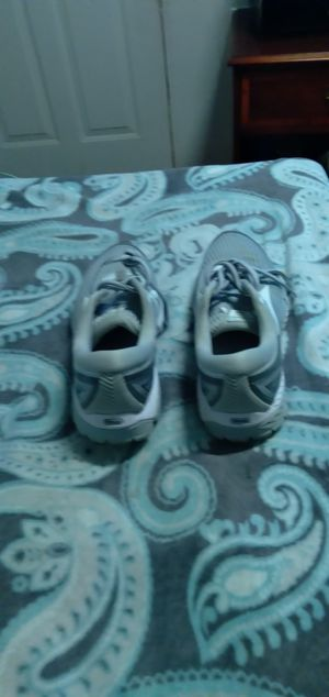 Sapatos nayki para mujer size 9 for Sale in Alexandria, VA