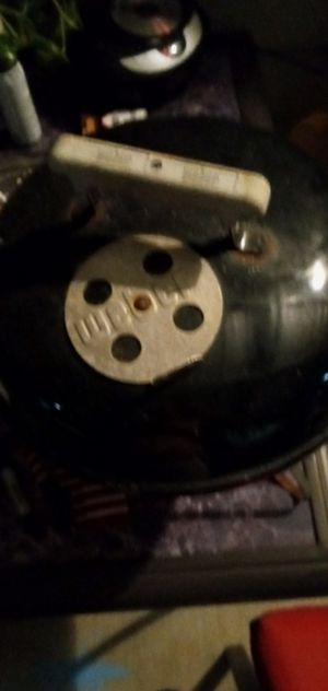 """Webber 14"""" grill for Sale in Pearland, TX"""