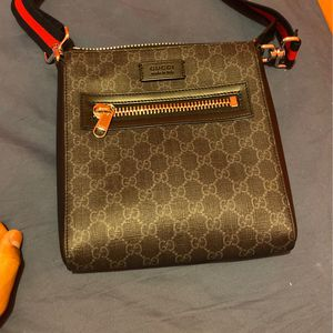 Real Gucci Messenger Bag Lightly Used for Sale in Chicago, IL