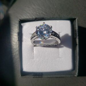 127970794 925 Sterling Silver Round 6 claws CZ Ring for Sale in Haines City, FL
