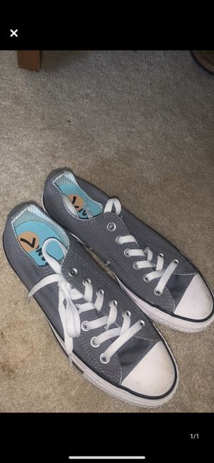 Grey converse for Sale in Wind Point, WI