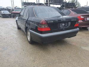 Mercedes Benz C230 PARTING OUT for Sale in Fontana, CA