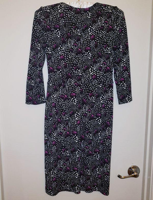 WHBM WRAP DRESS SIZE 2