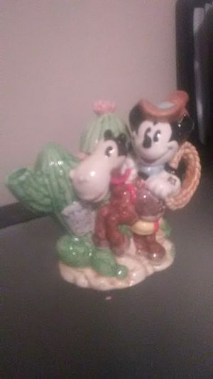 DISNEY MICKEY MOUSE CHINA COLLECTABLE for Sale in Evansville, IN
