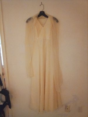 Size 6 light yellow evening dress 50$ for Sale in Houston, TX