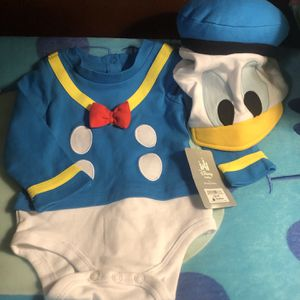 Donald Duck Onesie(nwt) for Sale in Long Beach, CA