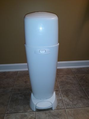 Diaper genie complete for Sale in Durham, NC