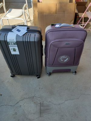 Suitcase for Sale in Clovis, CA