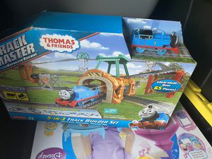 Track master Thomas and friends motorized railway for Sale in Tampa, FL