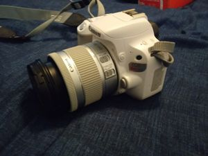 Canon Rebel SL2 for Sale in Denver, CO