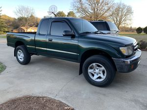 Toyota Tacoma pre-runner for Sale in Union, SC