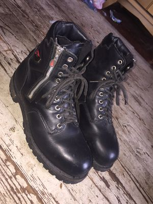 Men's size 10 redwing boots for Sale in Sunbury, PA
