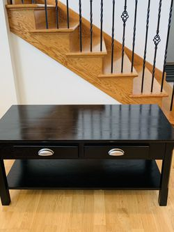 Solid Wood Coffee Table for Sale in Schaumburg,  IL