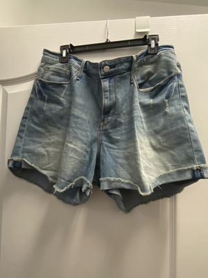Woman Levi shorts for Sale in Orlando, FL