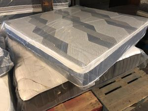 ORTHOPEDIC MATTRESS AND BOX SPRING for Sale in Cicero, IL