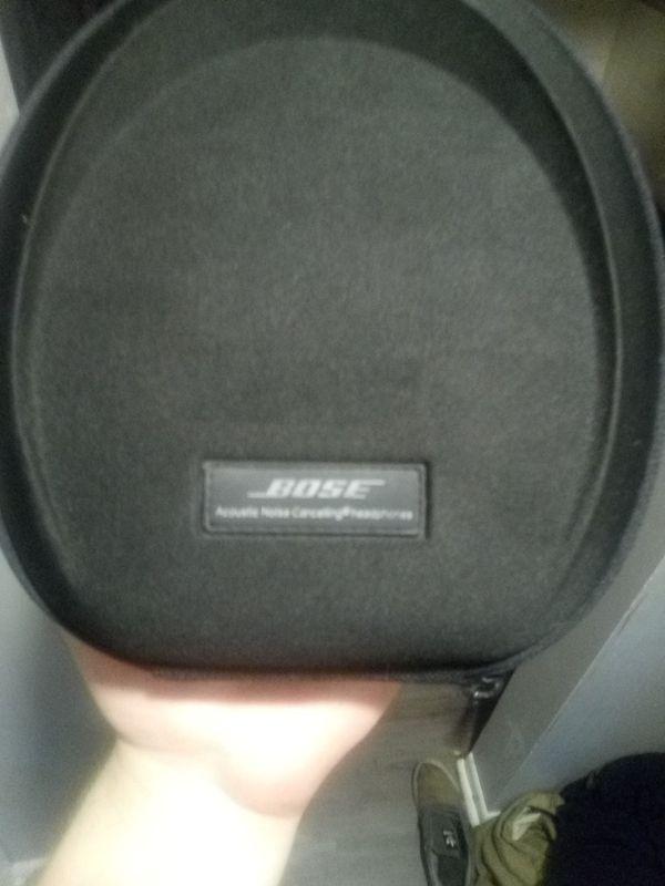 Bose Quiet Comfort 15 over ear headphones