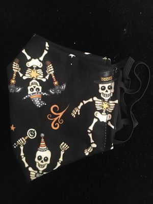 SPOOKY HALLOWEEN ADULT SIZE SKELETONS DANCING FACE MASK BRAND NEW for Sale in Upland, CA