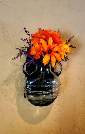 Heavy Wall Mount Vase for Sale in Phoenix, AZ