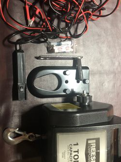 Reese Portable Tow Winch for Sale in San Antonio,  TX