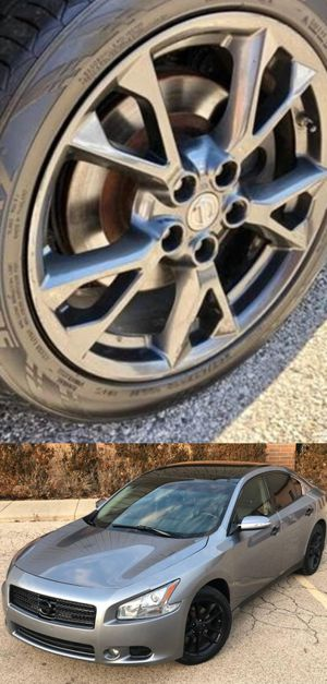 $1200 Nissan Maxima for Sale in Frederick, MD