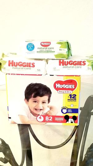 Huggies Snug & Dry Diapers Size 4 Set for Sale in Orlando, FL