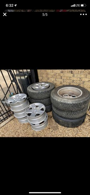 Jeep rims and tires for Sale in Red Oak, TX
