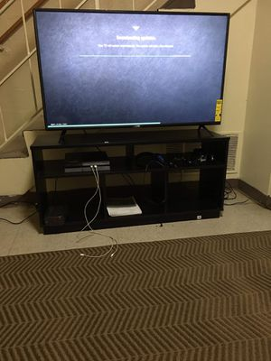 Tv and tv stand for Sale in Nashville, TN