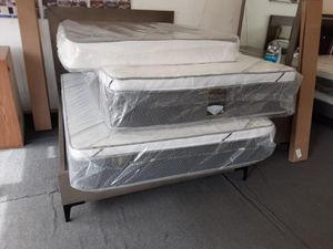 full mattress with boxspring pillow top for Sale in Los Angeles, CA