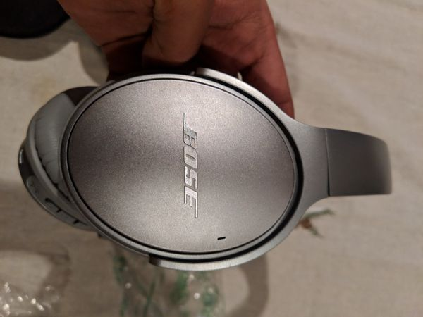 Bose quiet comfort 35 series I wireless bluetooth headphones - silver qc35