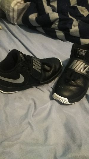 Boys Nikes size 13c for Sale in Kingsport, TN